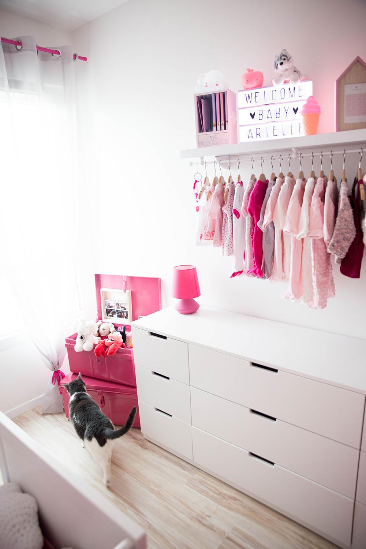 Séance maternité angers à domicile chambre bébé